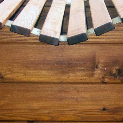pfeifers-rustikale-gartenmoebel-liegebank-detail-1