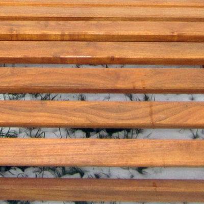 pfeifers-rustikale-gartenmoebel-liegebank-detail-3