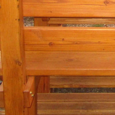 pfeifers-rustikale-gartenmoebel-ueberdachte-sitzgruppe-detail-3